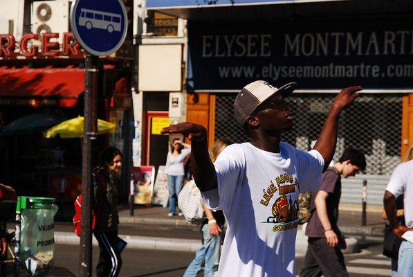 Elysee Montmartre. Streetdancer.