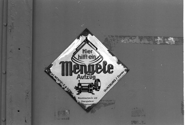 Emaille-Schild für Aufzüge