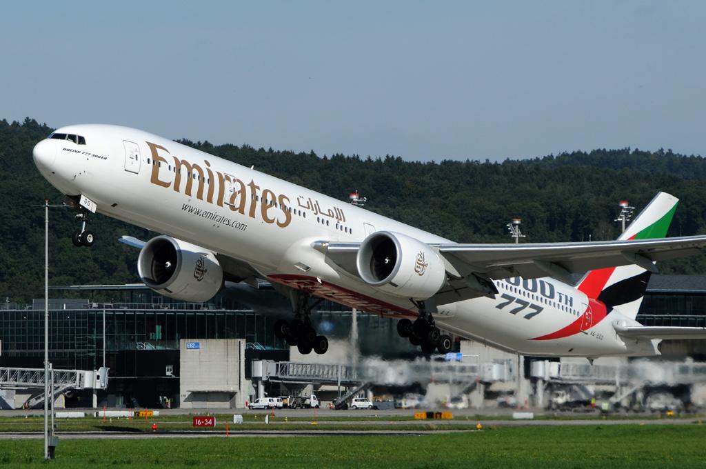 Emirates A6-EGO