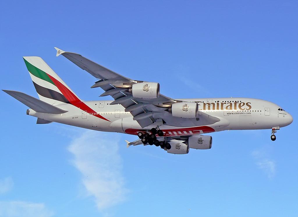 Emirates Airbus A380-861 A6-EDF