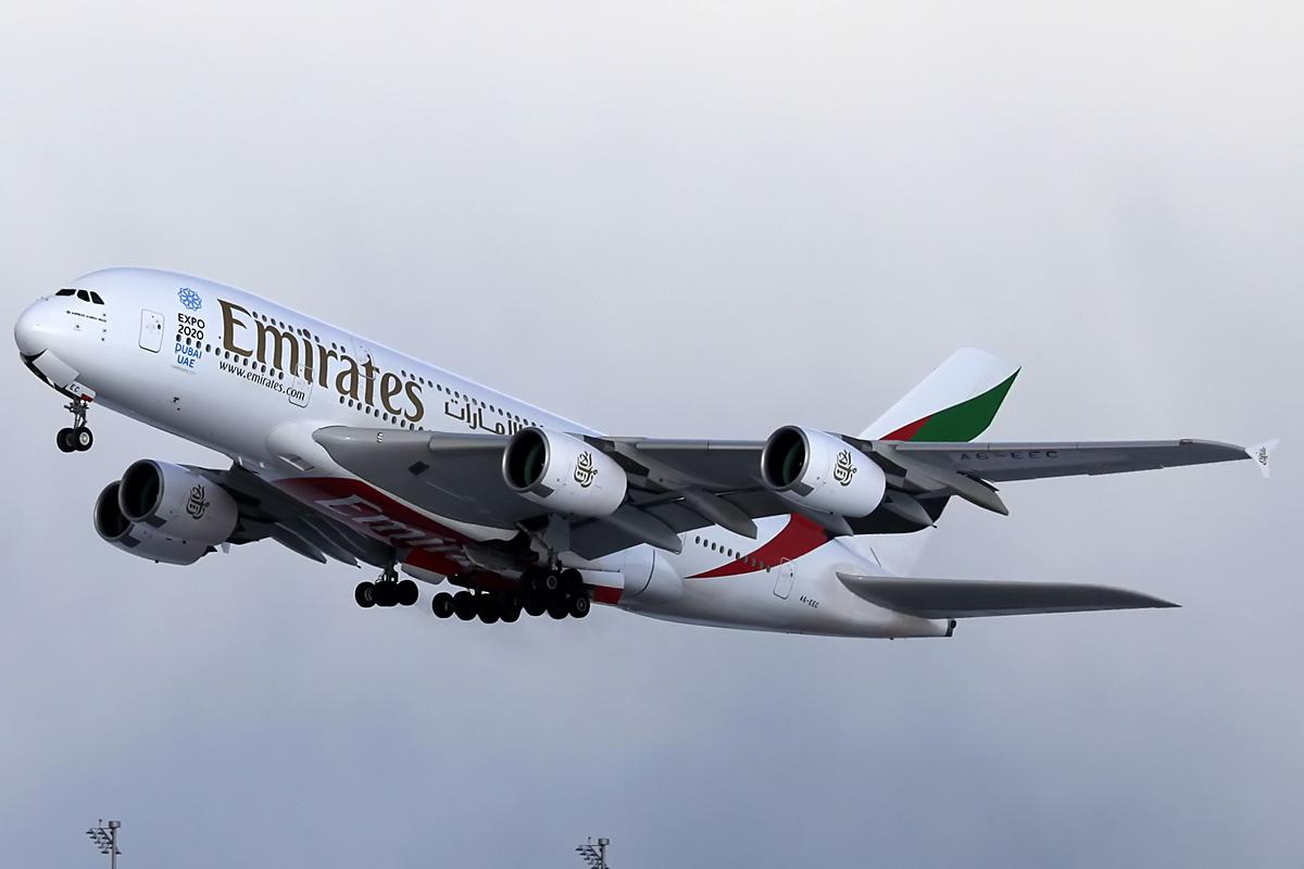 Emirates Airbus A380 - Munich Airport am 09.02.2013