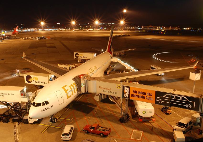 Emirates at night