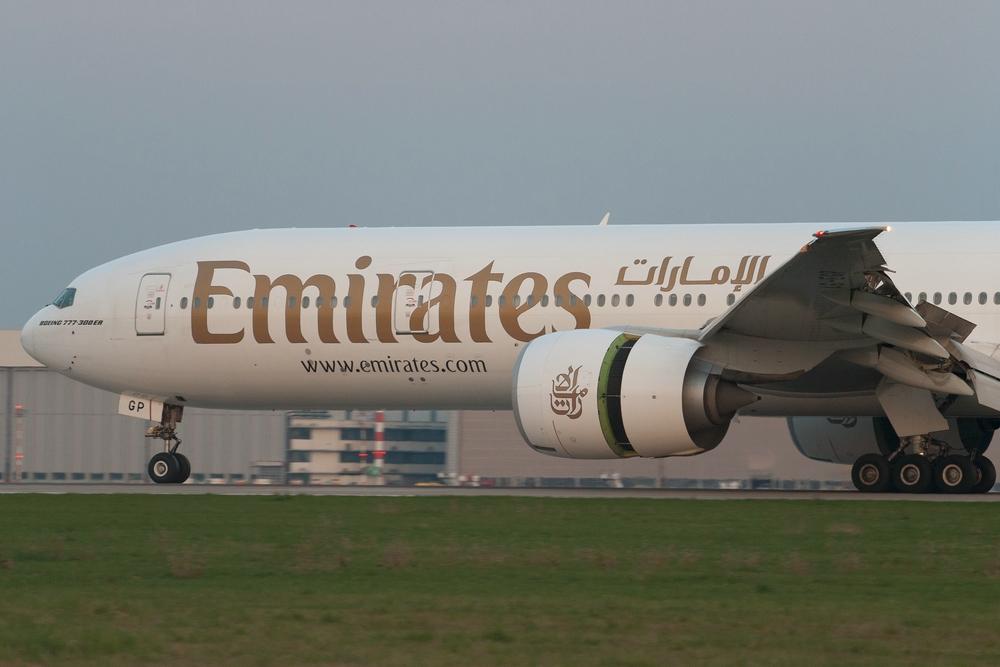 Emirates B777-300ER A6-EGP