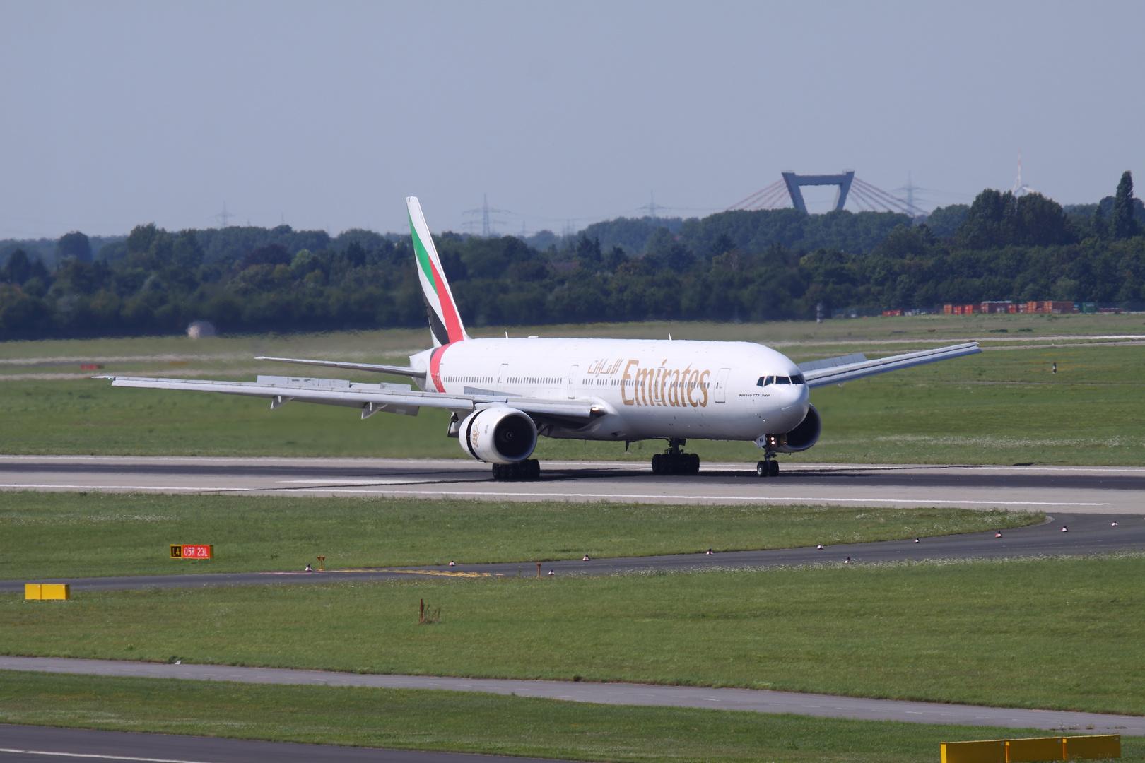 Emirates !