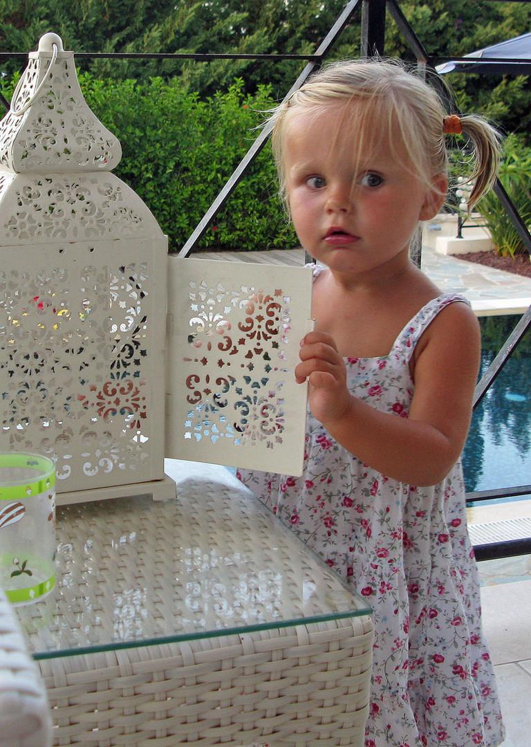 Emma ist jetzt zwei Jahre alt