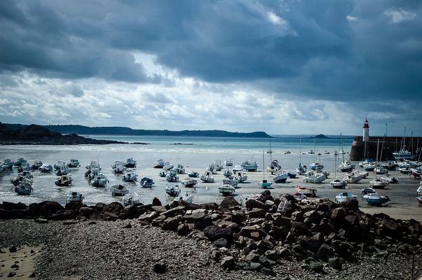 En attendant la marée / Low Tide