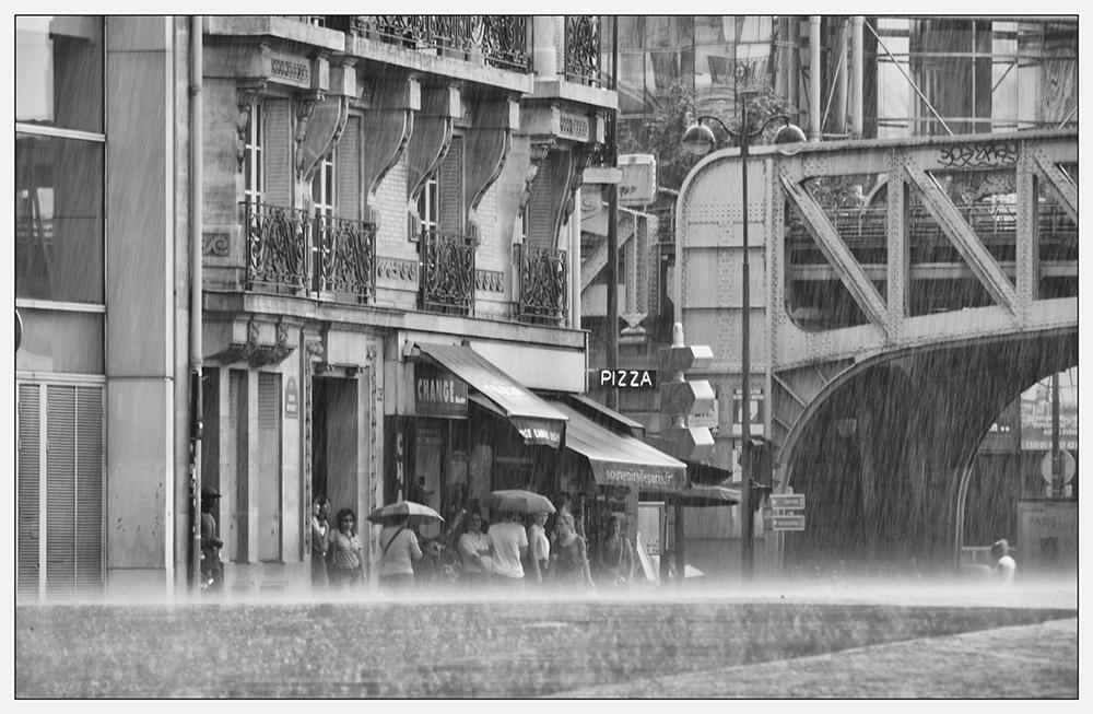 """""""En attendant sous la pluie"""""""