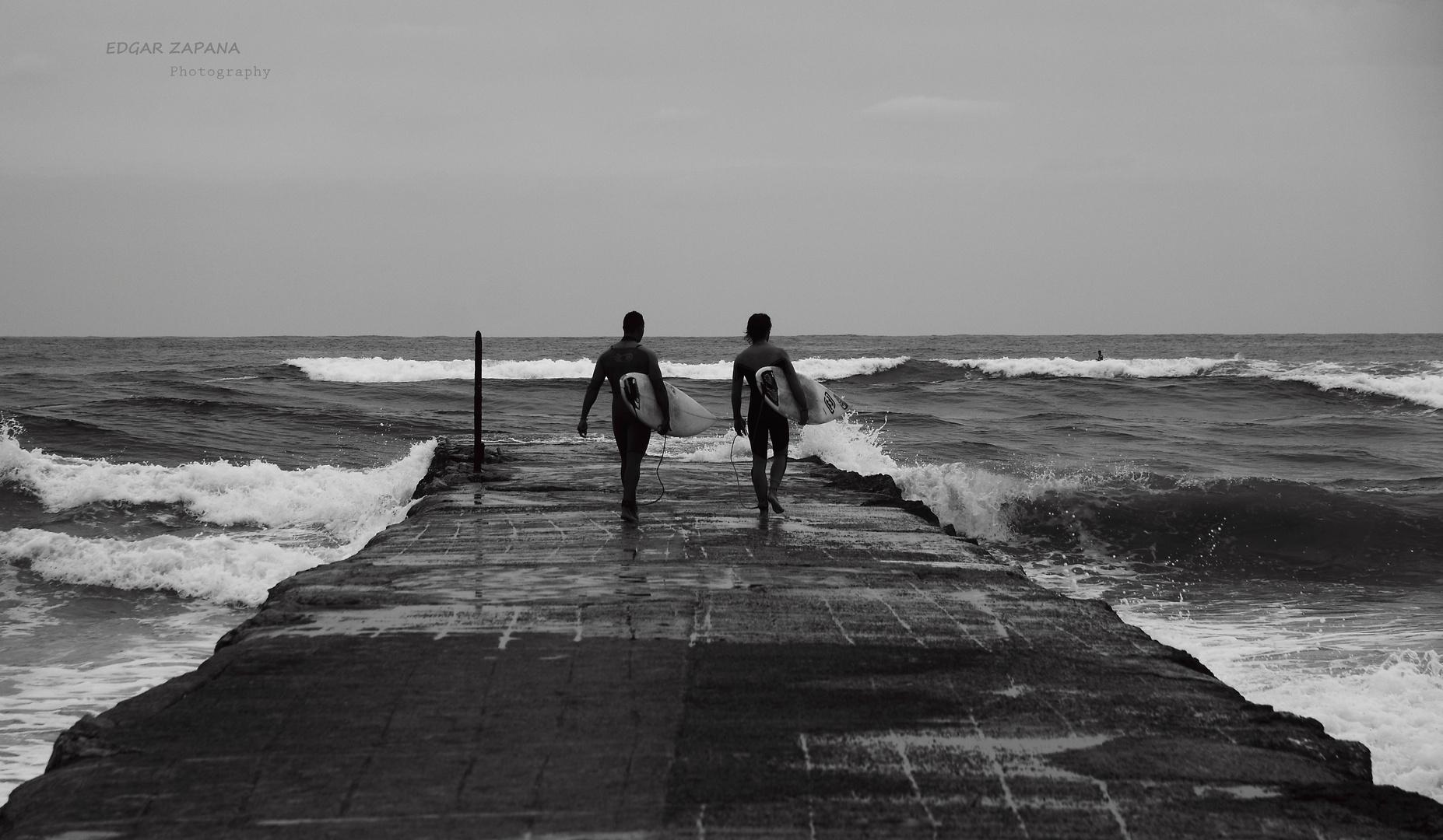 en busca de la ola perfecta