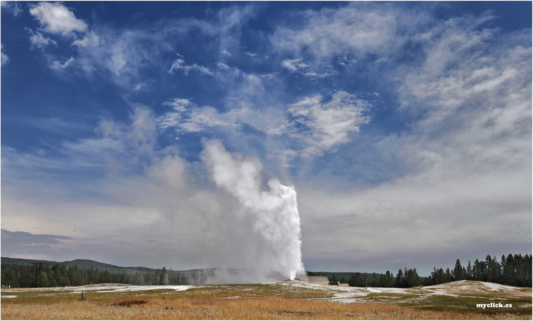 EN EL LEJANO OESTE-EL OLD FAITHFUL 2 -PN YELLOWSTONE-USA