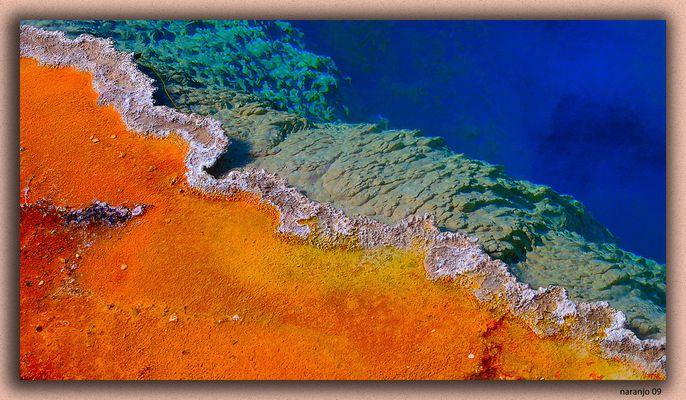 EN EL LEJANO OESTE -los geiser y las bacterias -2 P.N. YELLOWSTONE WYOMING USA
