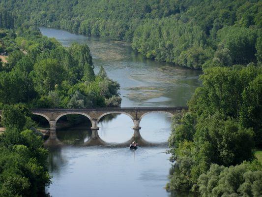 En glissant sur la Dordogne