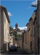 En montant vers la ville haute  --  Chauvigny