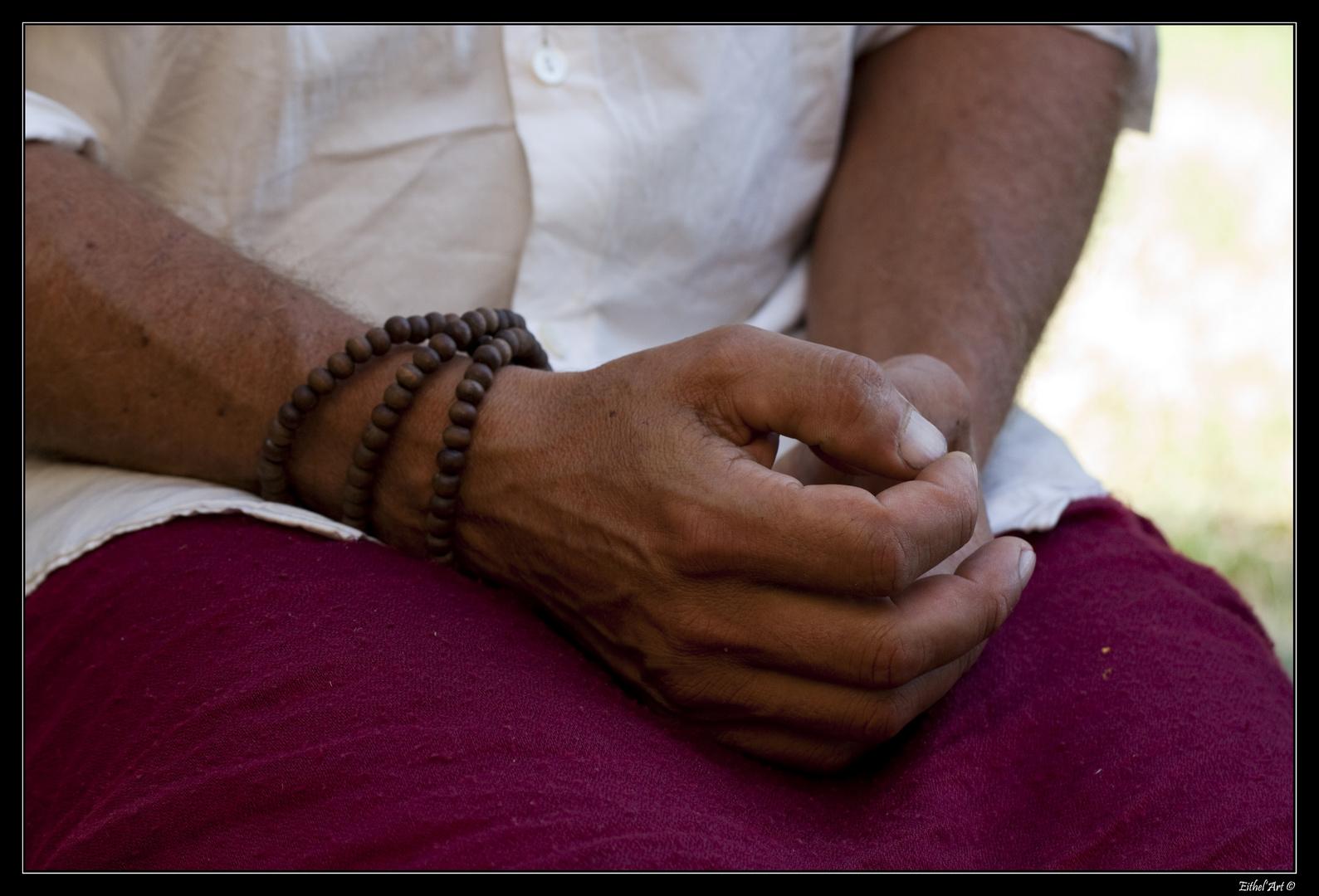 - En prière -