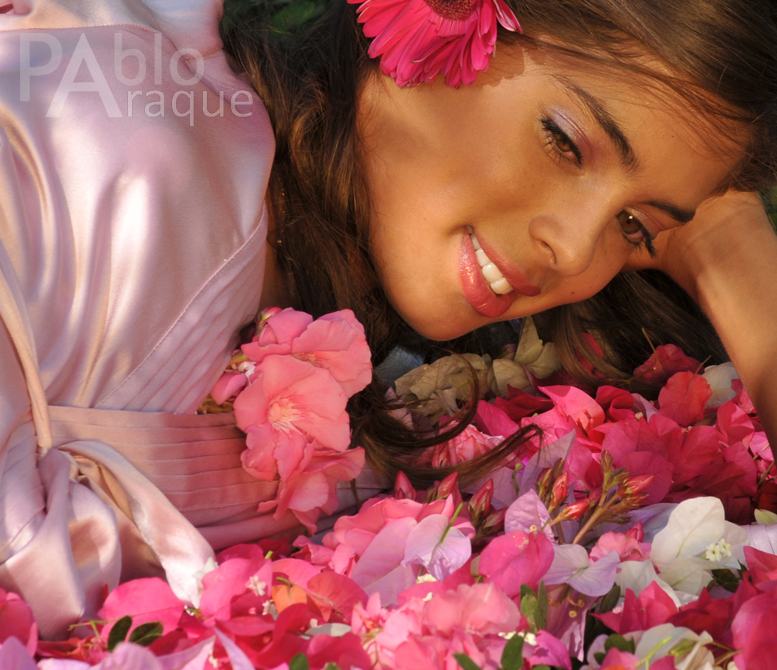 En rosa - modelo Camila Avella