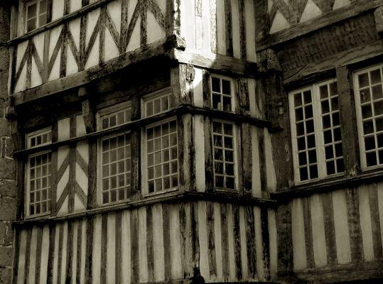 Encorbellements à Tréguier (Côtes d'Armor)