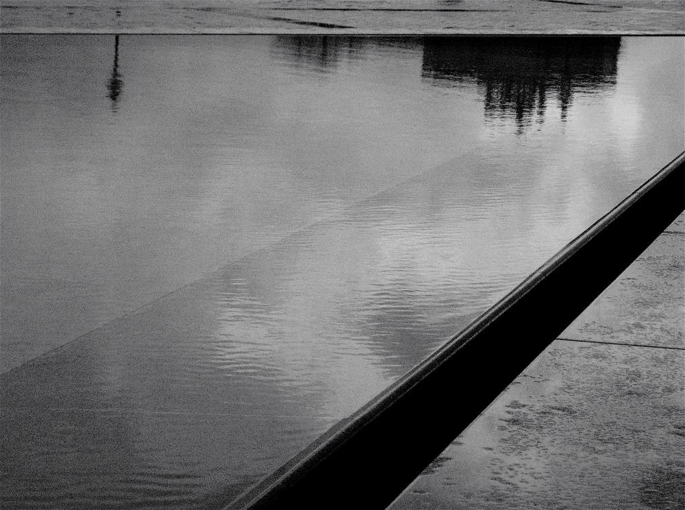 Encore une journée grise et pluvieuse.