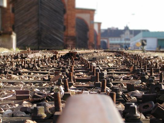 ...end of the tracks...