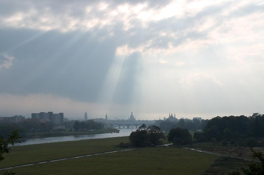 Endlich - Dresdens neue alte Silhouette