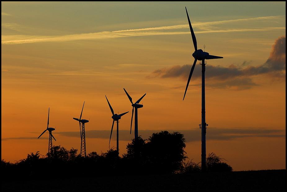 Energieerzeuger in Reih und Glied :-))
