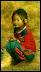 enfant dela minorité Akha