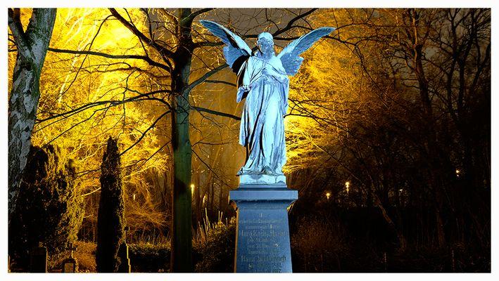 Engel auf dem Friedhof