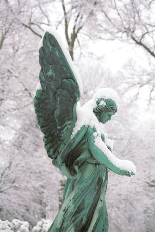 Engel im Schnee 02