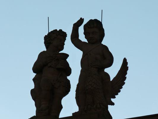 Engel mit Blitzableitern