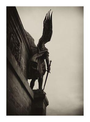 Engel/rechts