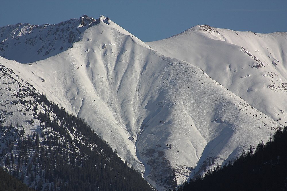 Engelspitze- Namlos / Tirol  - Skitourenberg mit starkem zulauf