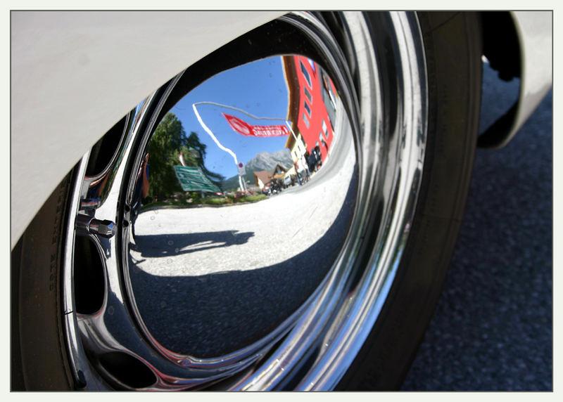 Ennstal-Classic 2007: Porsche 356 Speedster Spiegelbild