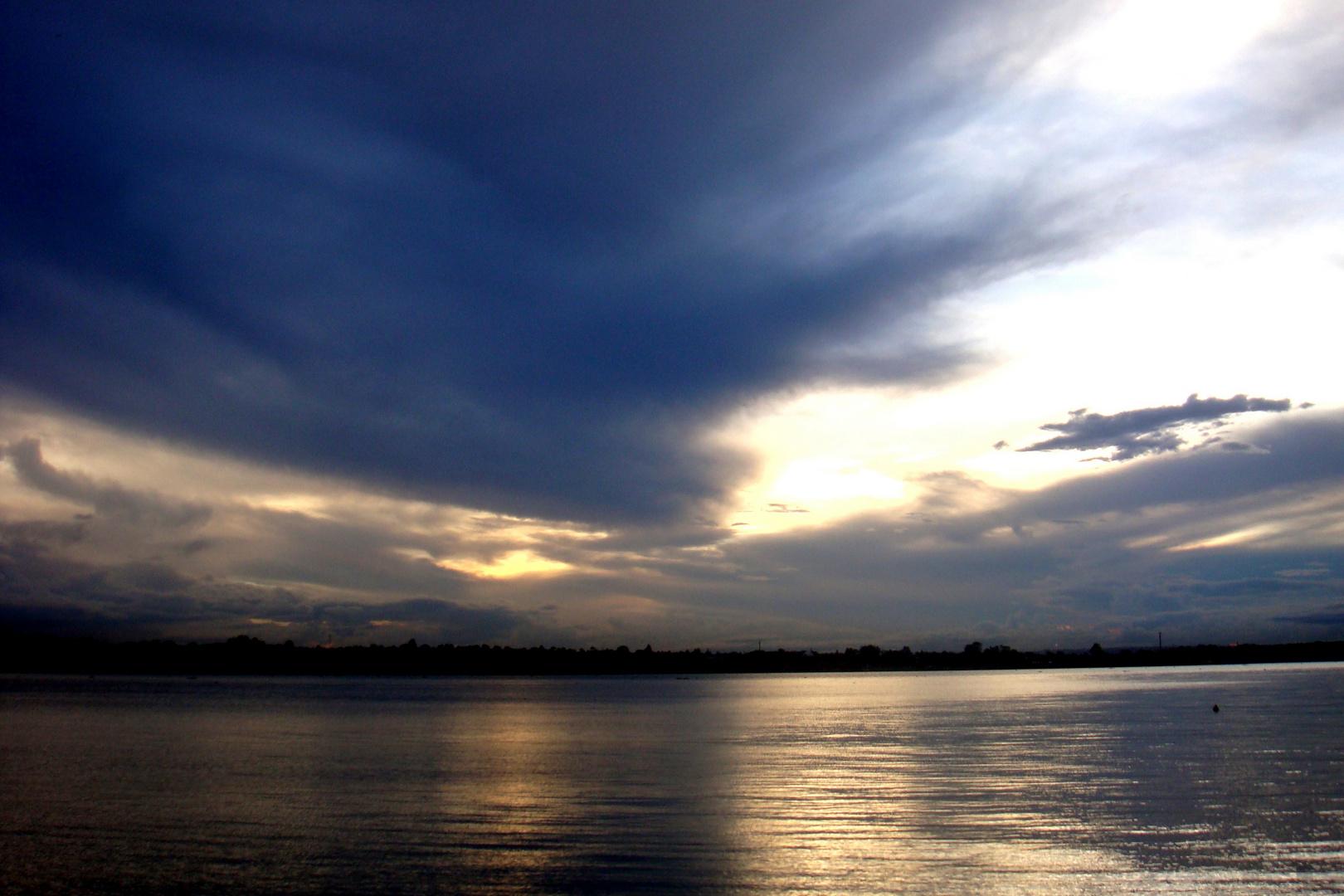 Entardecer- Céus de Brasília- No Lago Paranoá, próximo da AABB