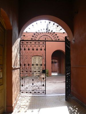 Entrada Casa Gral Lopes (1750)