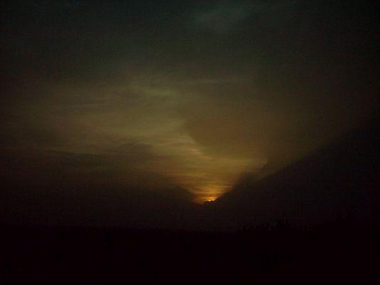 entre nubes de colores