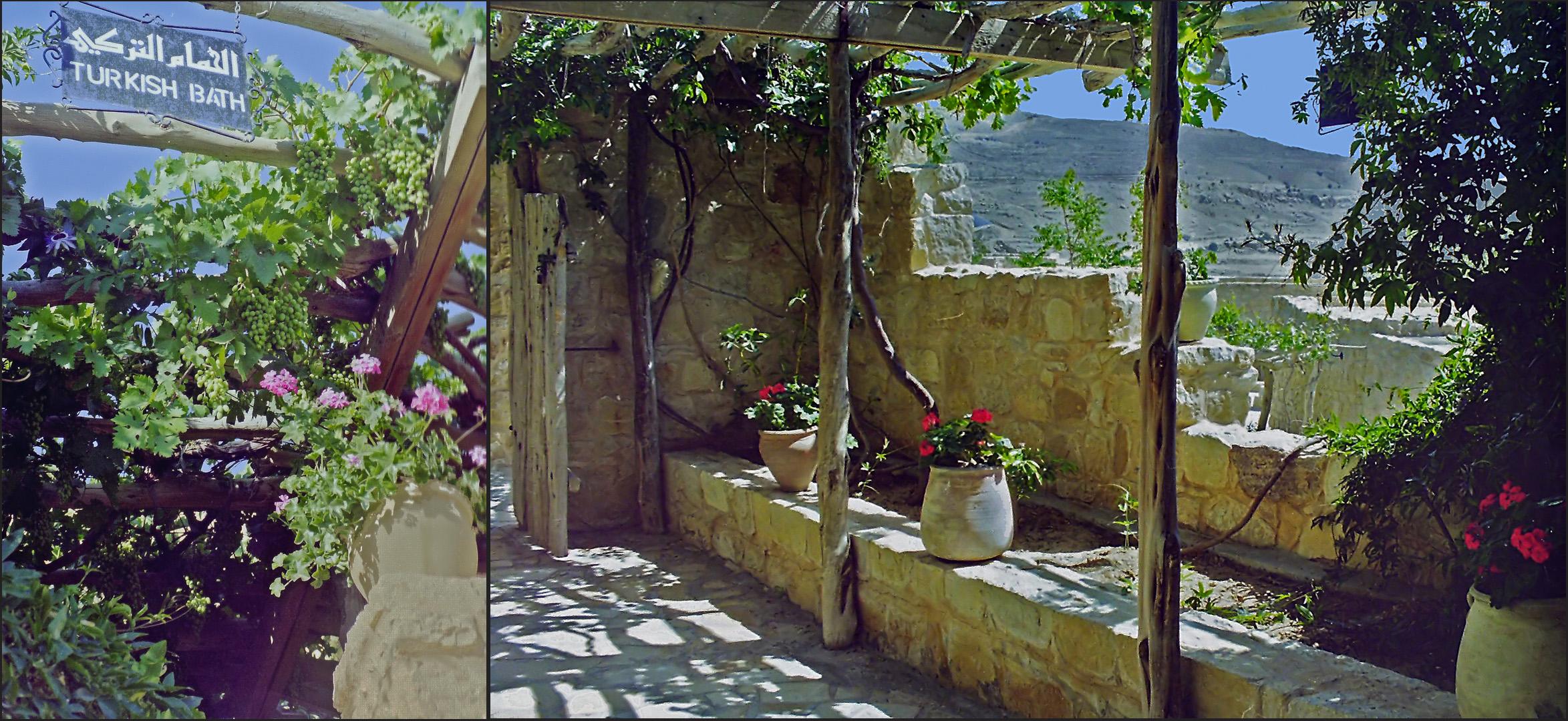 Entrée et jardin du Bain Turc (Hammam)