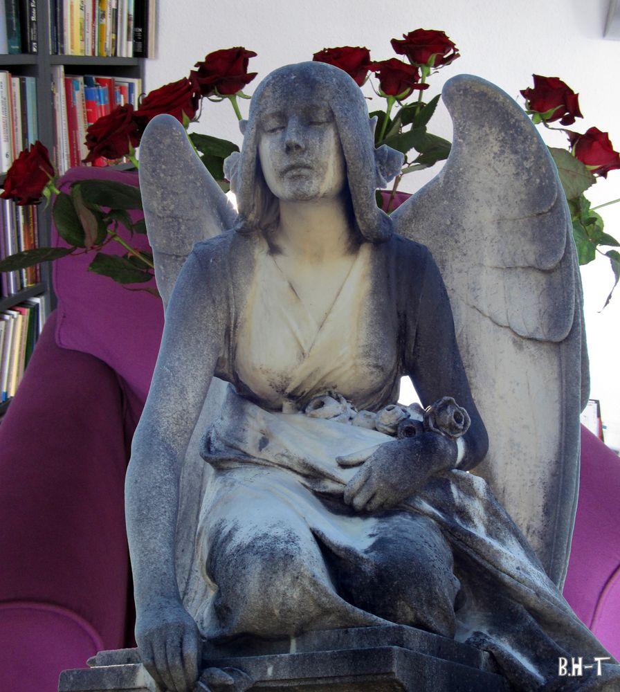 entspannter Engel auf meinem Sessel