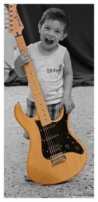 Enzo Guitar