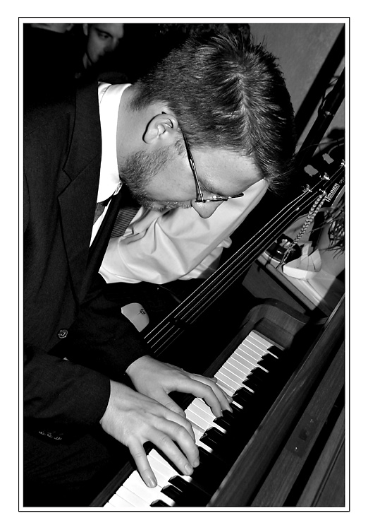 -=Er=- Der Klavierspieler