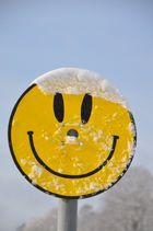 Er freut sich über den Schnee...