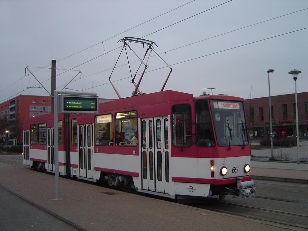 Er gehörte vor ein paar Jahren noch zum gewohnten Cottbusser Stadtbild KT4D mit der Nummer 65