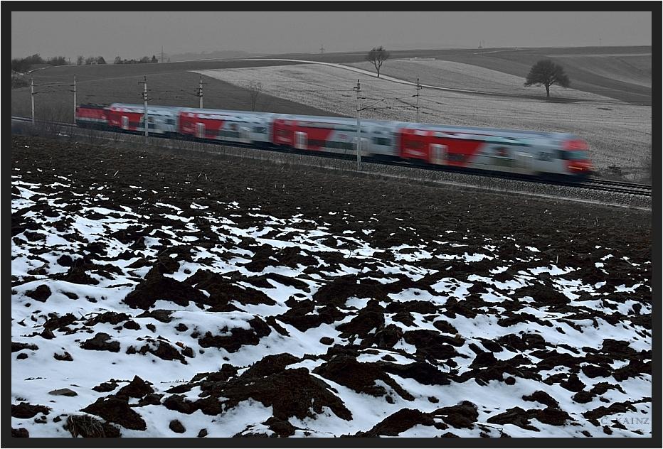 Erde und Zug II