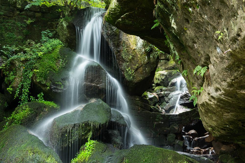 Erfrischung am Lichtenhainer Wasserfall