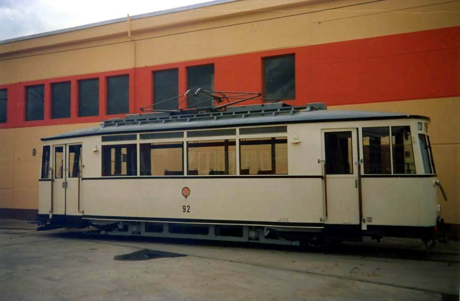 Erfurt, Historischer Tw 92 (Aufnahme 1999 im Depot Breitscheidstraße)