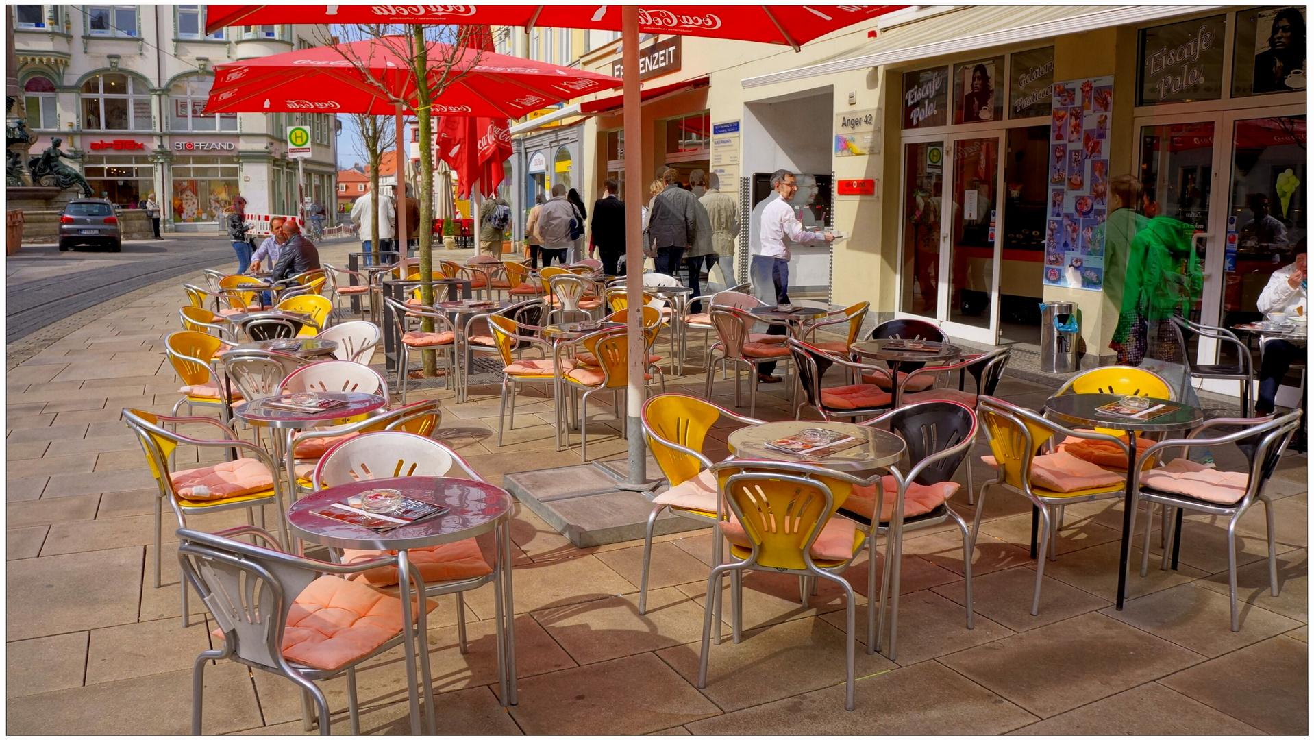 Erfurt, noch viele freie Plätze (todavía hay muchos sitios libres)