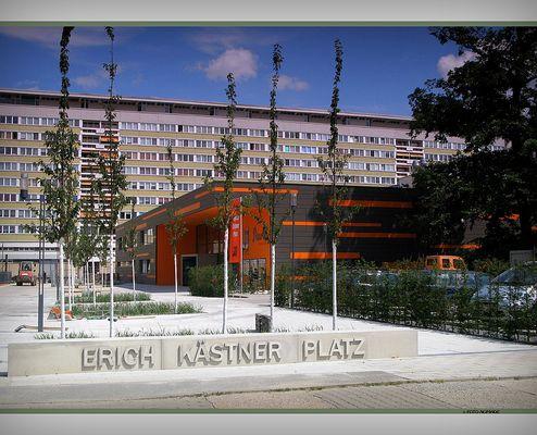 Erich-Kästner-Platz eingeweiht