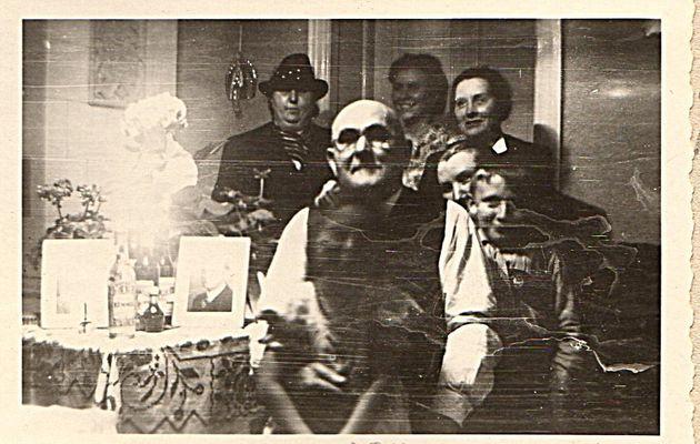 """Erinnerungen wecken: """"Vater wird 75 Jahre alt"""" [Foto aus dem Jahre 1940]"""