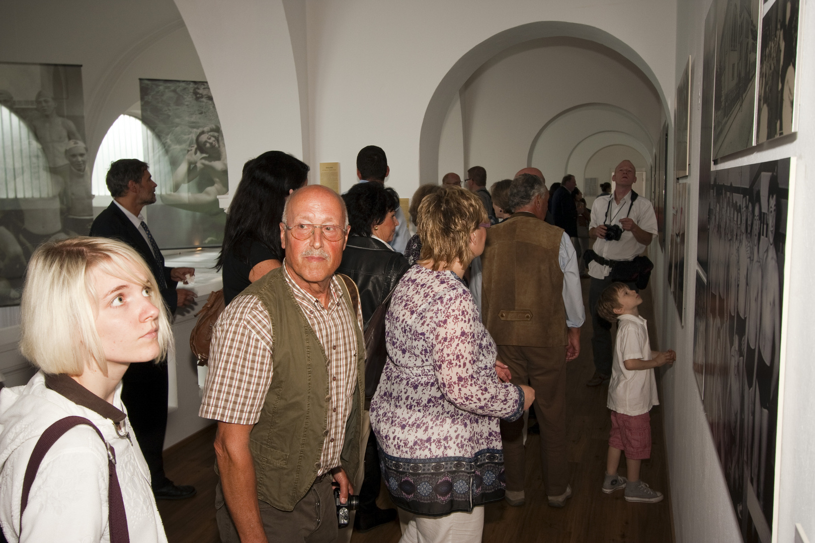 """Eröffnung des StaTTbades Neuwied am 20.06.2011 - Ausstellung """"Unter Wasser"""" (4)"""