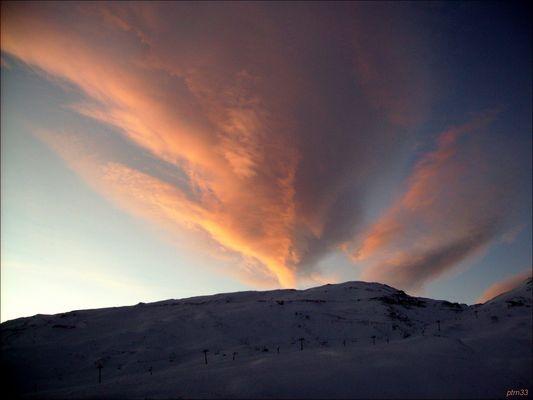 erruption de nuages a piau en galy