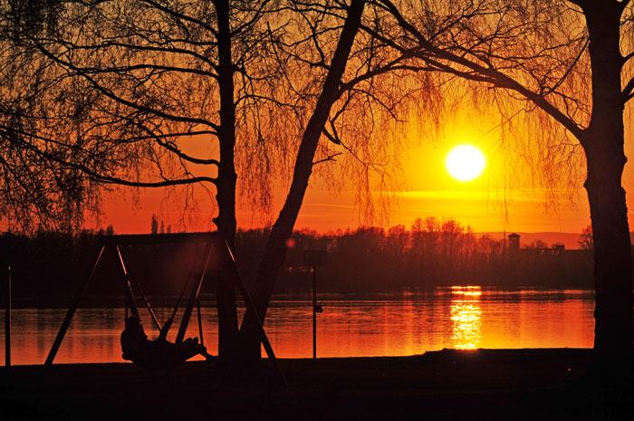 Erster Sonnenuntergang am See (2010)