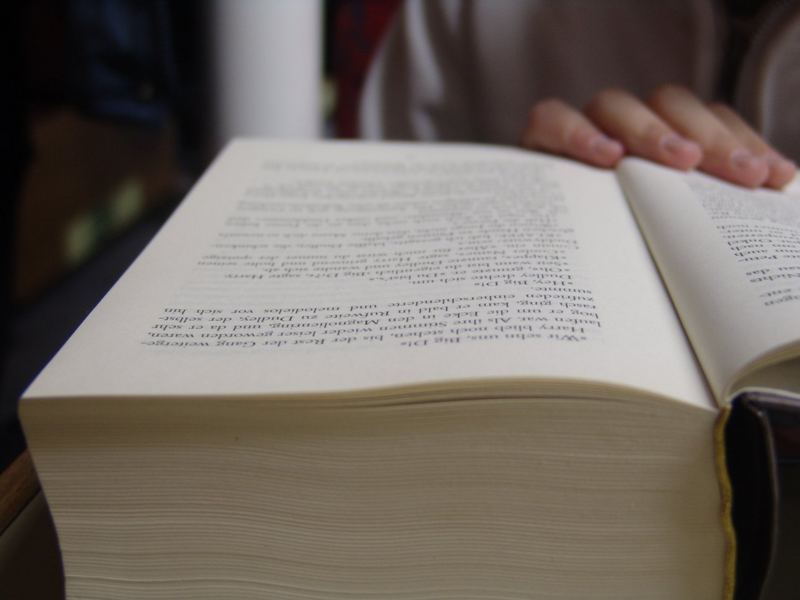 es gibt noch viel zu tun, äh, zu lesen