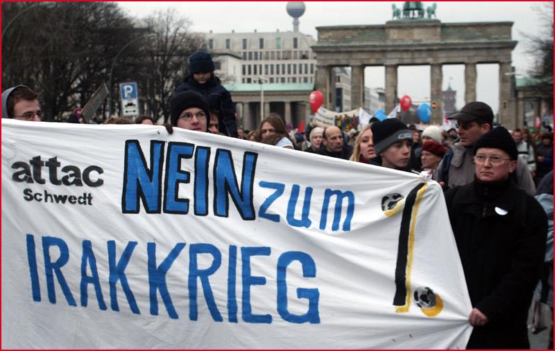 Es ist was im Bush: Hass, Kriegshetze, Größenwahn! Millionen old europeans sagen NEIN. Und Du?